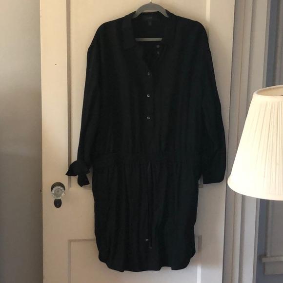 J. Crew Dresses & Skirts - J. Crew black button down dress with pockets.
